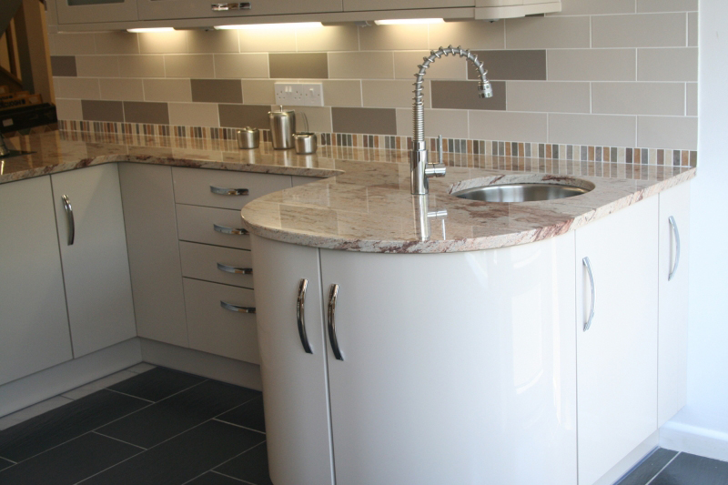 Modern style kitchen Gloss Beige with curved features